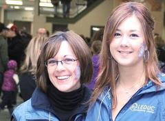 Two volunteers posing for a photo at the Leduc Recreation Centre