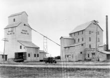 Leduc grain elevators in the 1920s