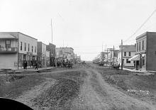 Main street west view, 1914