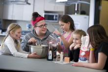 Leduc Recreation Centre - Kosmos Kitchen - youth program